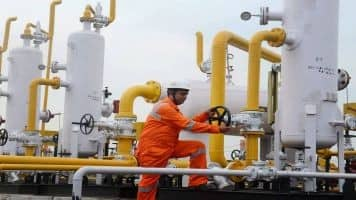 Oil & Gas - Improving cash flows: Motilal Oswal