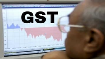 Retailers seek early implementation of GST