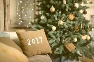 Tips for hosting a smashing new year party at home