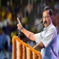 Apologise for 'blunder of demonetisation': Kejriwal tells Modi