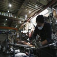 Japan mfg activity slows in Jul,export demand weakest since 2012