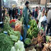 India inflation probably nudged up to 5.0% in April: Poll