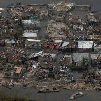Hurricane Matthew kills almost 900 in Haiti before hitting US
