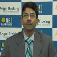 Buy crude & copper: Naveen Mathur