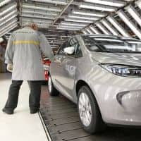 Car makers lure customers with e-payments post demonetisation
