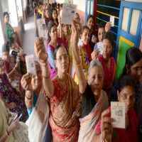 WB polls: 38% cast votes in first 4 hours, 3 persons injured