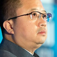 Shares in China's Fosun drop after management reshuffle