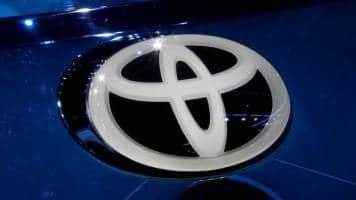 Toyota, Suzuki poised to unveil partnership on Monday