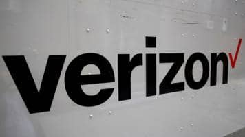 Verizon close to Yahoo deal, price cut of $250-350 mn: Sources