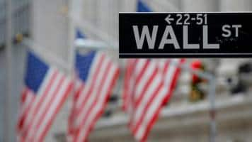Wall Street hits record highs on strong retail results