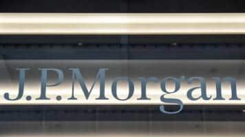JPMorgan expects 2017 expenses to rise about 3.4 %