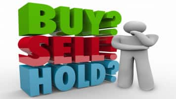 Buy ITC, NBFC stocks on dips; Reliance Industries should head higher: Ashwani Gujral