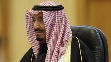 Saudi king visits Japan, seeks help on diversifying economy