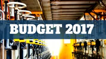 Budget 2017: Extend 15% deduction for acquiring new machinery beyond Mar 31