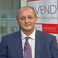 Valuations not compelling enough to jump into market: Holland