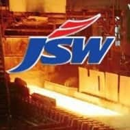 Sell JSW Steel ; target of Rs 900: ICICI Direct