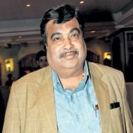 Gadkari involved in irrigation scam, says Kejriwal