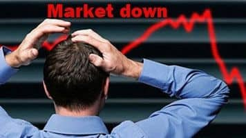 Sensex cracks over 400 pts, Nifty holds 8300; banks bleed
