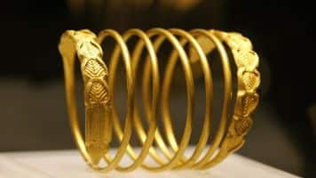 Jewellery stocks up on hopes of lifting gold import curbs