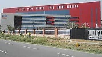 Look at NIIT Tech, says Devang Mehta
