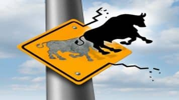 Nifty hits 7900, Sensex rises over 100 pts; Tata Motors down